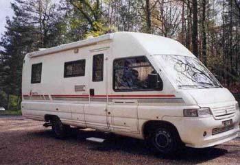 camping car esterel manhattan. Black Bedroom Furniture Sets. Home Design Ideas