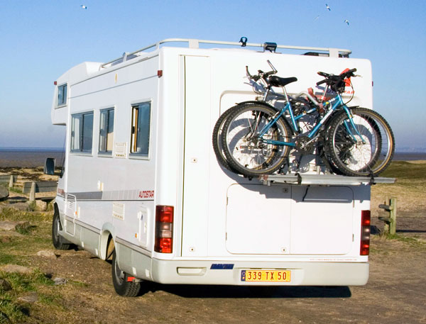 Petites annonces camping car et vhicules de loisir for Porte 4 velo camping car